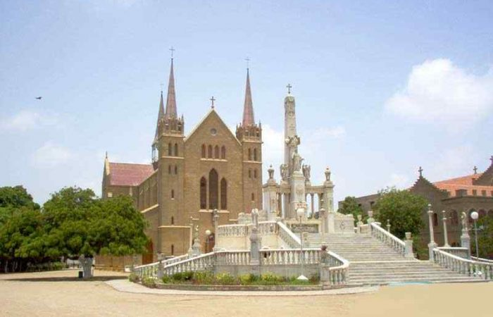 Visit Famous Churches in Pakistan