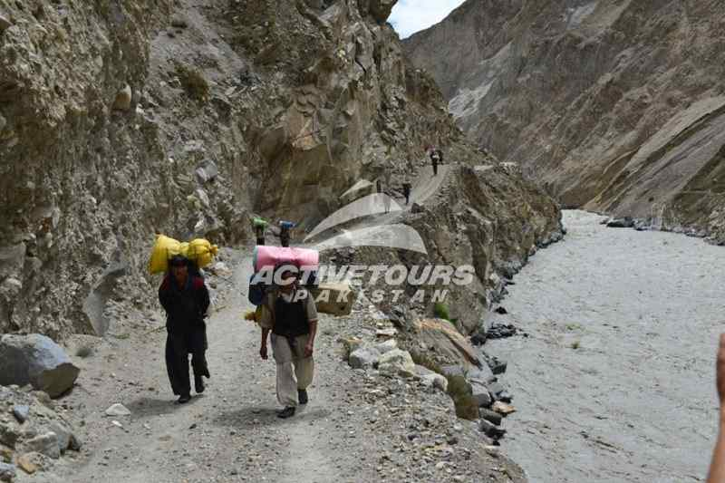 Hispar to Karimabad jeep road