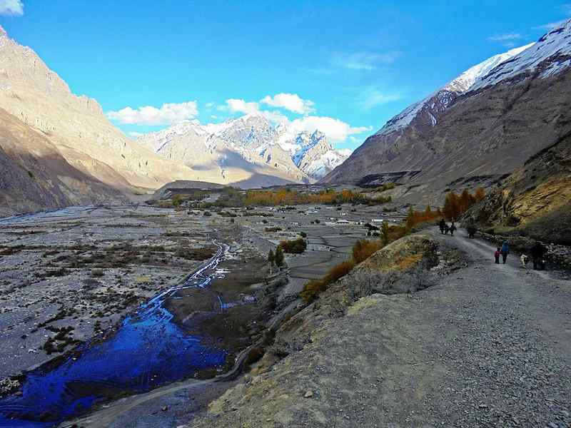 autumn-tour-to-shimshal-Valley-North-Pakistan