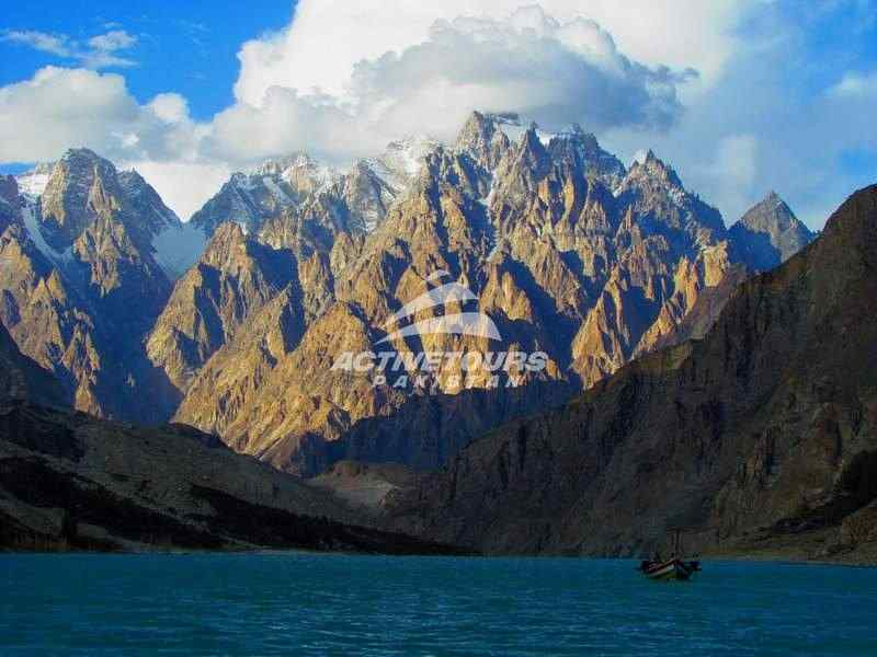 visit Karakorum Mountains, Pakistan