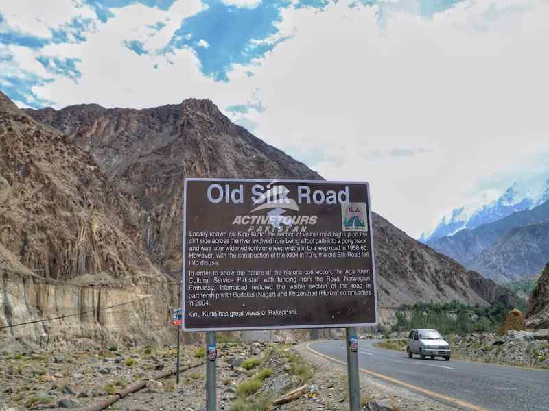 Silk Road biking adventure North Pakistan