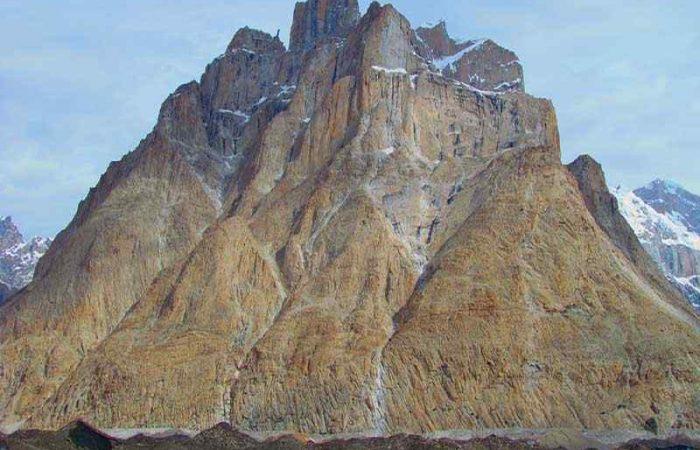 cathederal-peak-climbing-featured