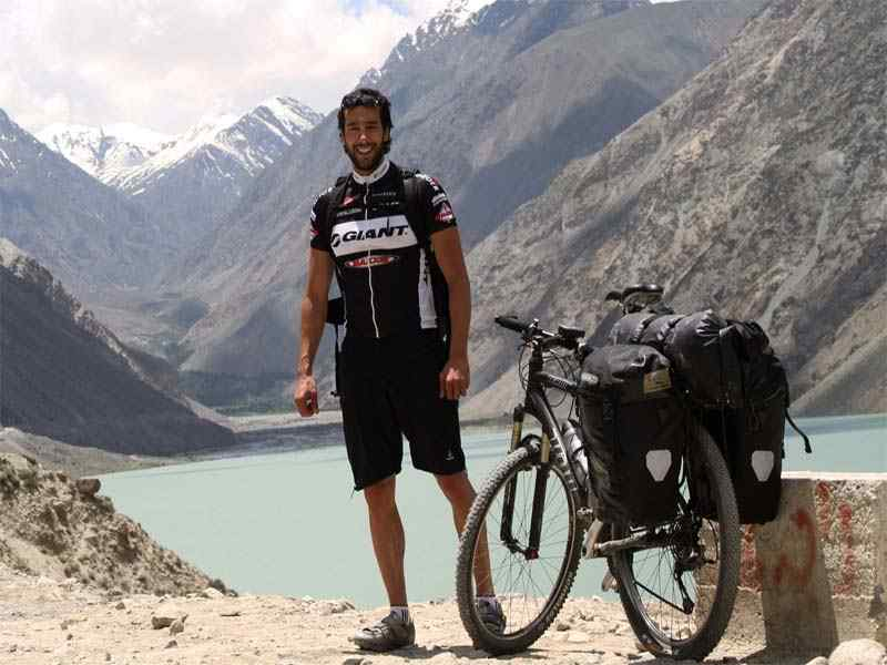 Biking from Gilgit to Chitral through Shandur Pass