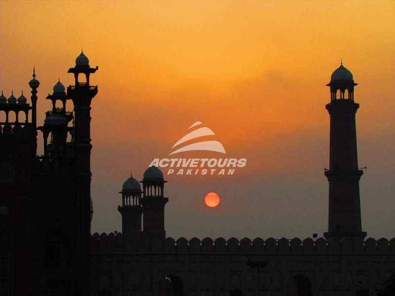 sightseeing tours of Lahore