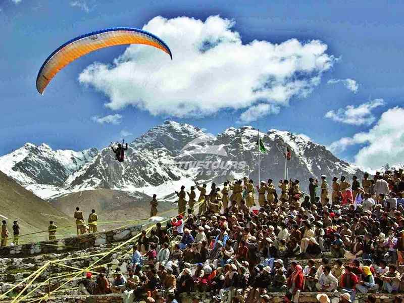Hang Gliding & Paragliding in Pakistan
