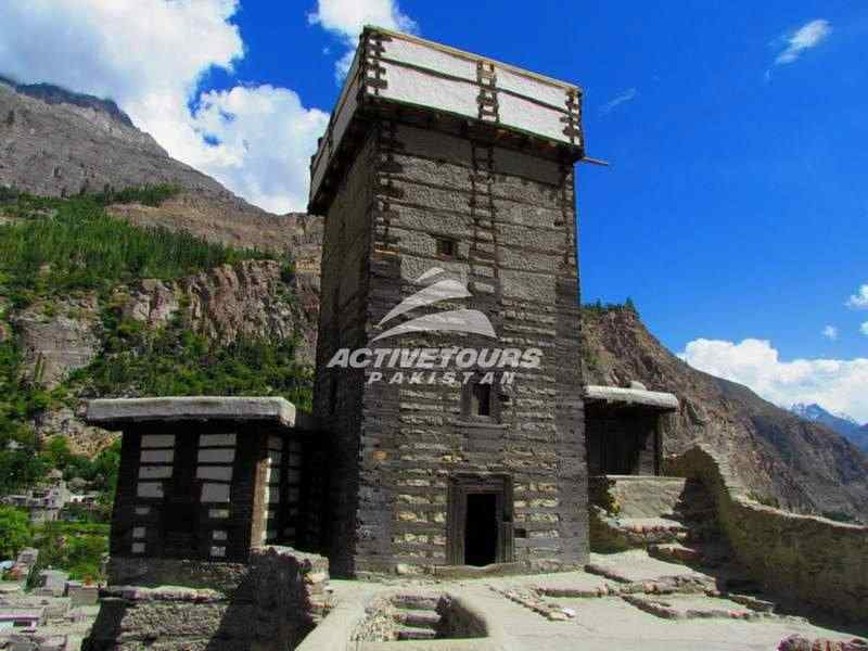Tour Hunza Valley on Ancient Silk Road