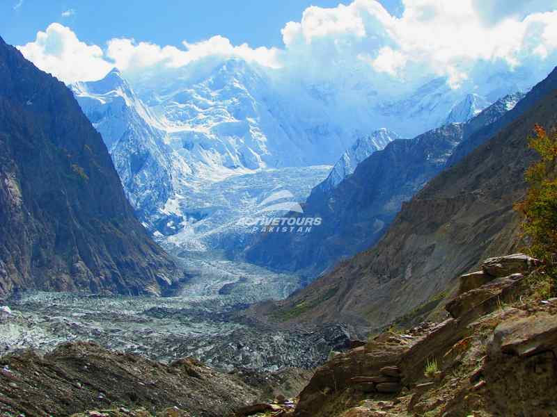 traveling to Hunza Valley, Pakistan