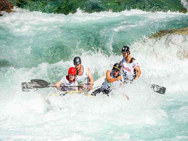 white water rafting in Pakistan